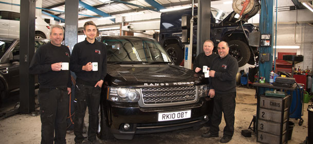 kinghams lr team land rover servicing croydon